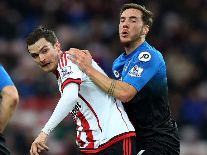 Jugador del Sunderland se declara culpable de ciberacoso (AP)