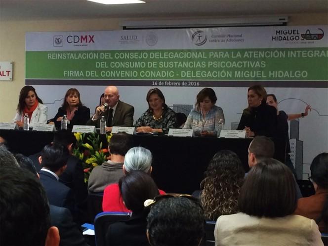 Xóchitl Gálvez, delegada de Miguel Hidalgo; y Manuel Mondragón, titular de la Conadic; reinstalaron el consejo contra adicciones en la demarcación.