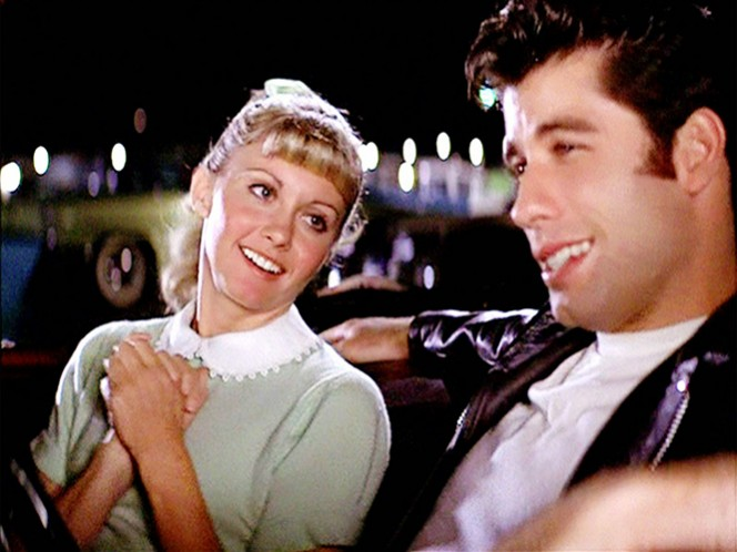 Su fama y fortuna aumentaron con la comedia musical 'Vaselina' (1978), producción cinematográfica en la que participó al lado de Olivia Newton-John.