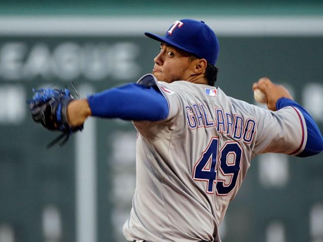 La directiva de los Orioles y el lanzador derecho mexicano Gallardo firmaron el acuerdo por tres años, con opción a un cuarto año más, de acuerdo a los logros alcanzados (AP)