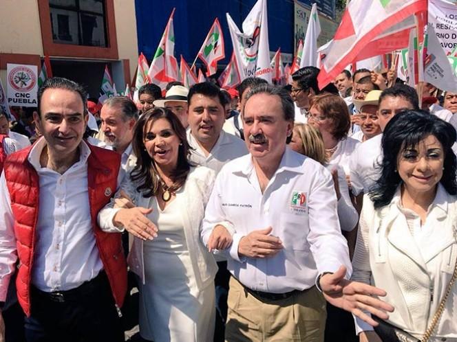 La senadora con licencia, Blanca Alcalá Ruiz presentó, ante el Partido Revolucionario Institucional (PRI) en Puebla, su solicitud de registro como aspirante a candidata a la gubernatura