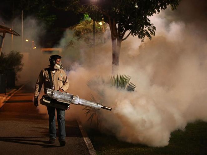 El ayuntamiento de Mérida dio el banderazo de salida a las brigadas de control larvario, en las que participan casi 500 empleados municipales, en un esfuerzo para atender al combate del mosco transmisor de dengue, chikungunya y zika