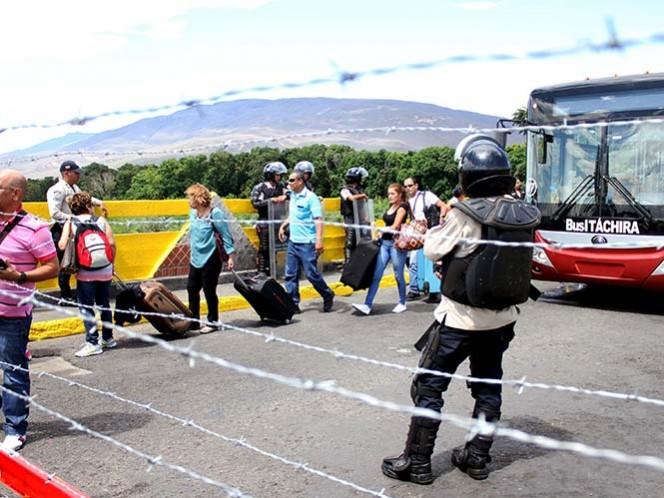 Venezuela reabrirá parcialmente frontera con Colombia