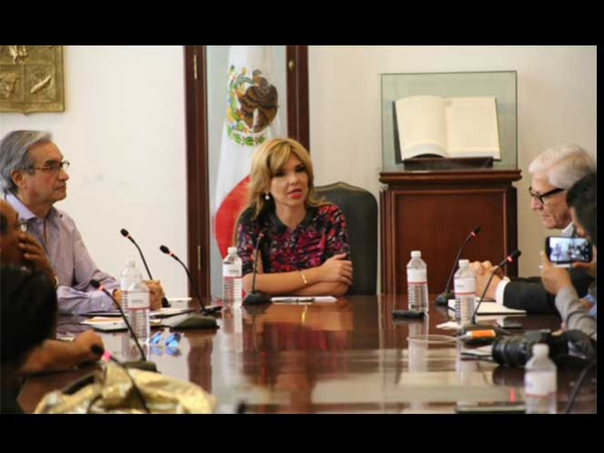 Agregó, que lo más importante es que Sonora se convierta en proveedora de bienes, servicios y mano de obra en general para esas empresas.