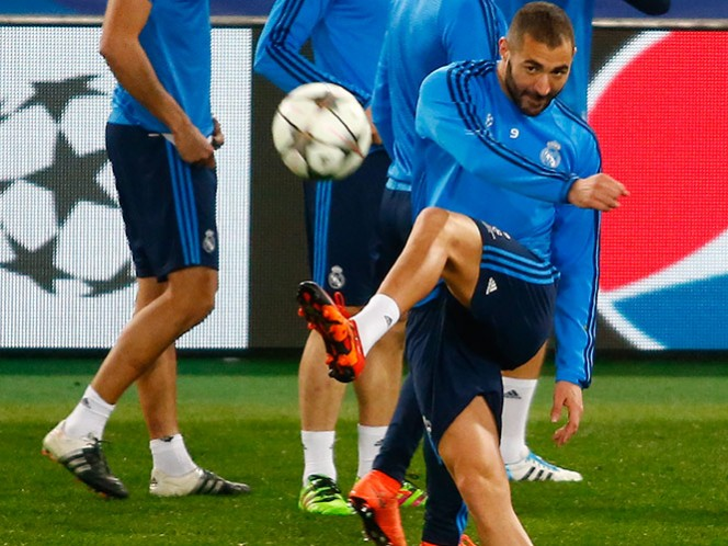 Karim Benzema continúa su recuperación y defiende su ejemplo como jugador ante las críticas del Gobierno francés (Reuters)