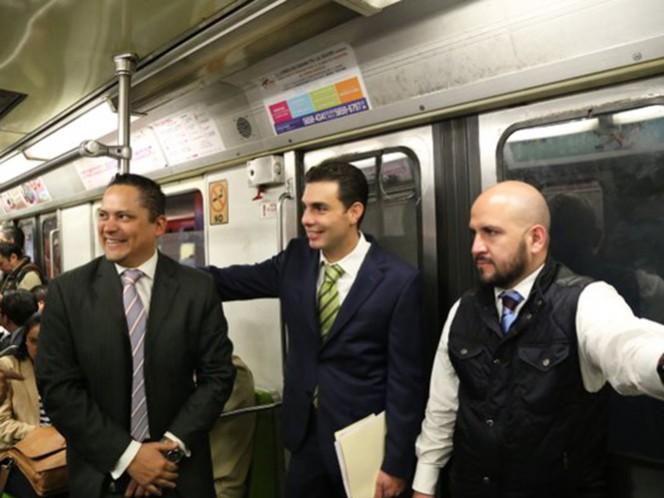 Los diputados ecologistas viajaron en el Metro