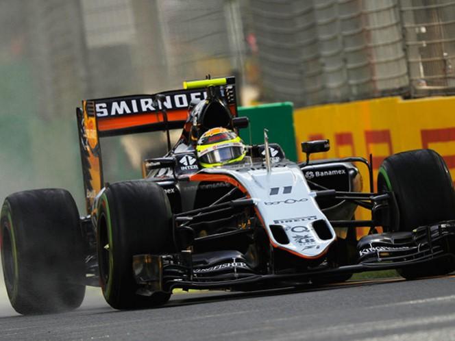 Pérez acabó noveno en ambas pruebas, pero en la primera ronda solo dio seis vueltas en total y en la segunda sesión completó otras ocho (Fotos: Reuters y EFE)