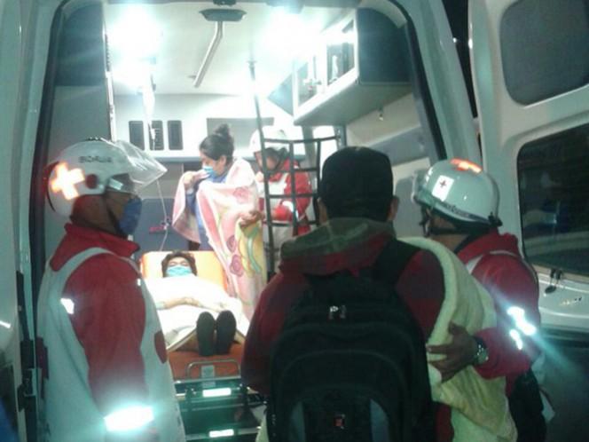 Aspecto del desalojo de pacientes del Hospital General de Tepeaca, en Puebla