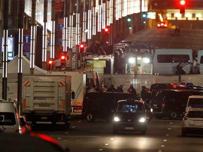 Policía belga halla tercera bomba y bandera de ISIS en vivienda de BruselasPolicía belga halla bomba y bandera de ISIS en vivienda de Bruselas