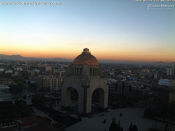Mañana totalmente despejada en la zona céntrica de la Ciudad de México