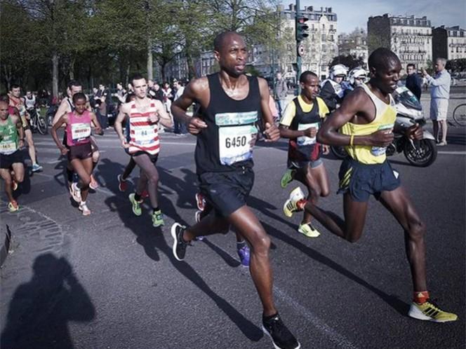 Refuerzan la seguridad del Maratón de París que se disputará el próximo domingo (Foto tomada de @parismarathon)