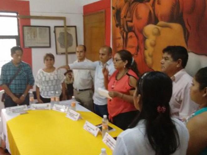 La síndica Enriqueta García Pérez tomó protesta a Carlos Alberto Duarte Bahena