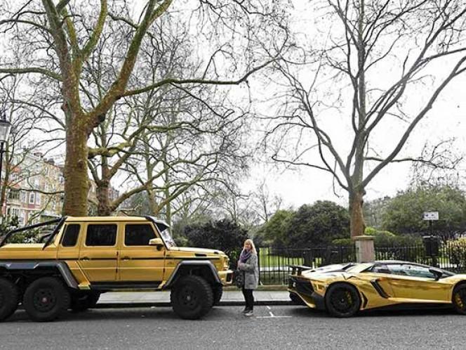 Durante sus vacaciones el joven hizo noticia por dejar estacionados dos de sus vehículos por días en Knightsbridge, un exclusivo barrio residencial y comercial del centro de Londres, sin importarle la cuenta del parquímetro y las multas.
