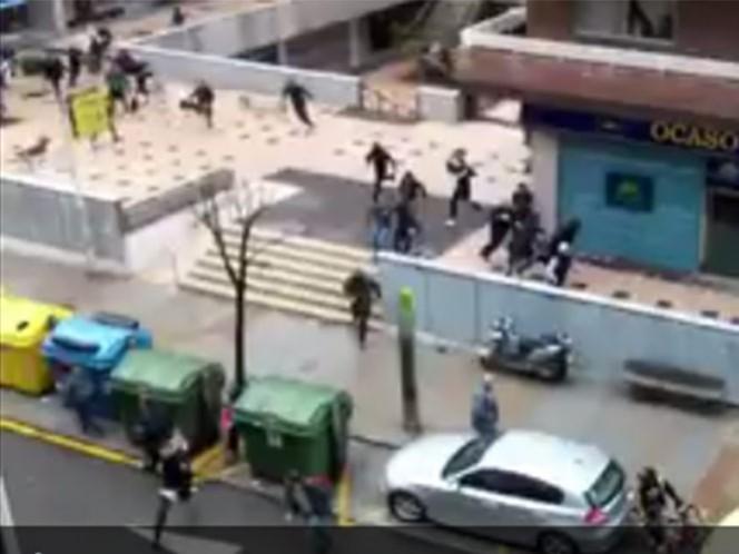 Enfrentamiento entre aficionados del Celta y Betis cerca del estadio Balaídos