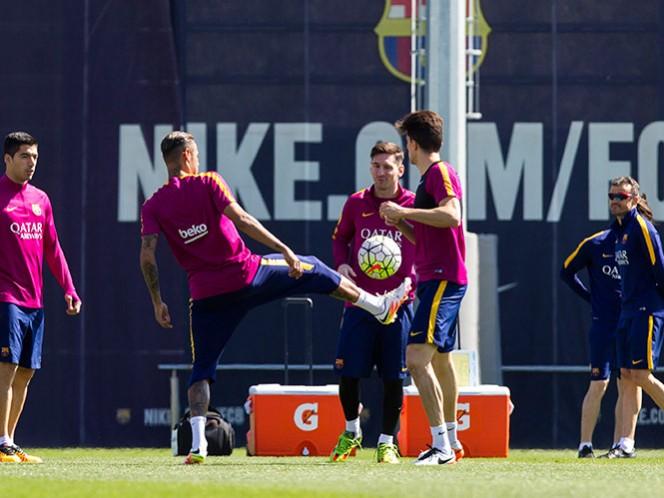 La liga está en fuego; jornada de hoy paralizará a España (EFE)
