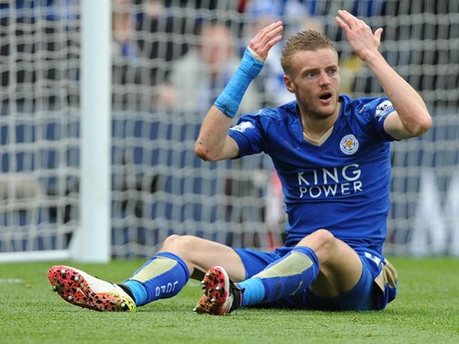El propietario del Leicester revela algunos detalles de la vida del delantero (AP)