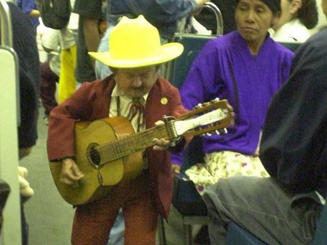El comediante tuvo que cantar en el Metro de la Ciudad de México sus últimos años, para subsistir