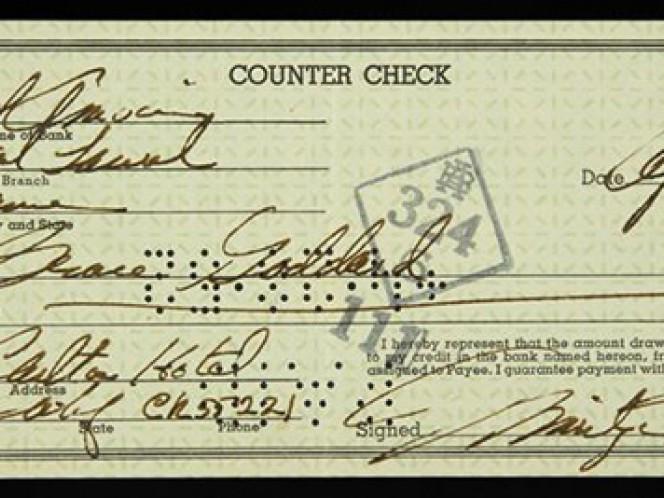 Un cheque firmado por Marilyn Monroe en abril de 1952 por un valor de 50 dólares, que forma parte de los objetos de la actriz que serán subastados en noviembre.