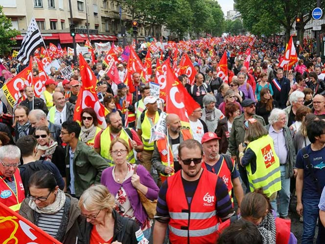 Sin acuerdo con gobierno, sindicatos franceses prometen más protestas