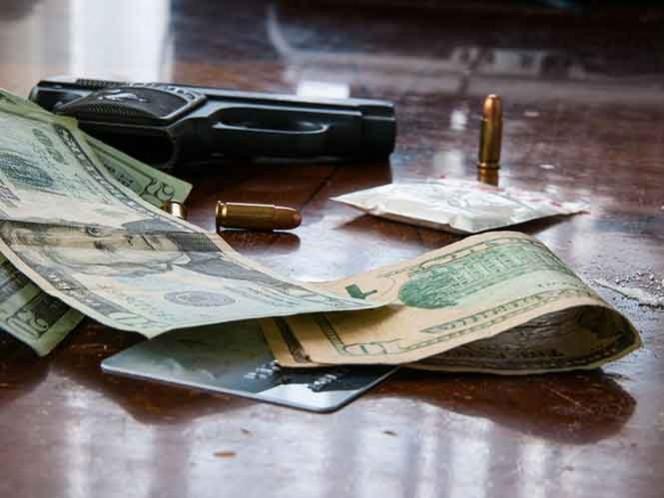 El departamento del Tesoro informó de la ilegalidad de acuerdos financieros o comerciales que involucren a los dos mexicanos.