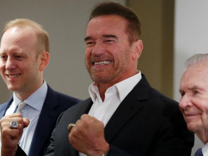 """El actor llevó por primera vez a Asia su famoso festival """"Arnold Classic"""", para promover el deporte."""