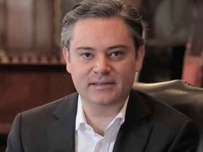 Aurelio Nuño hizo un llamado para que se acepte la reforma educativa con madurez y paciencia para después poder evaluar sus resultados. (@aurelionuno)