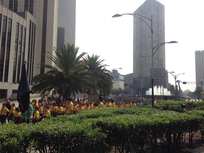 El desfile de scouts salió del Zócalo capitalino hasta el Monumento a la Revolución.