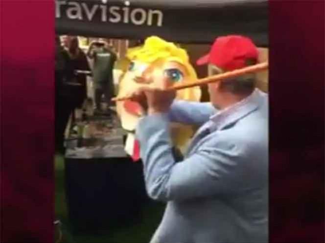 """""""Vacío totalmente, no tiene cerebro"""", dijo Vicente Fox, luego de romper una piñata que representaba la cabeza de Donald Trump"""