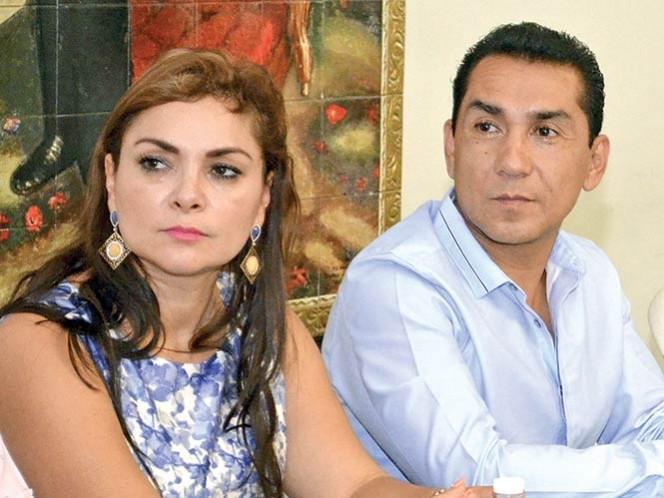 CÓMPLICES. José Luis Abarca Velázquez y Ángeles Pineda ejercieron el poder en Iguala. Foto: Cuartoscuro / Archivo