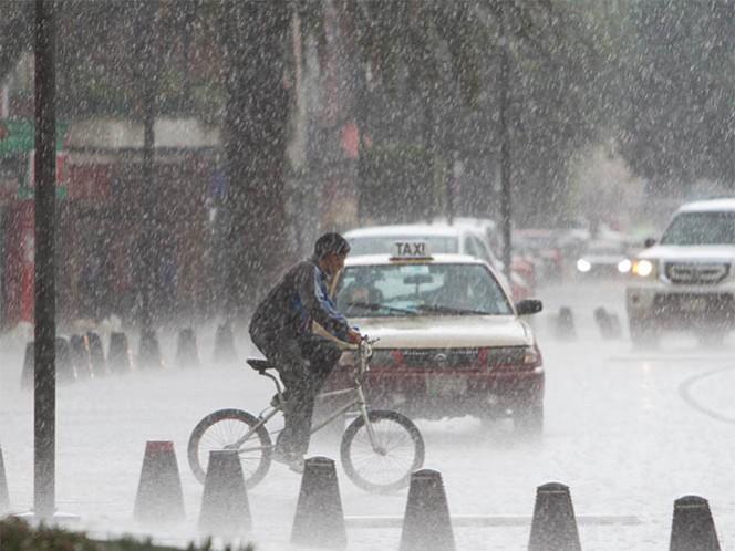 Una nueva onda tropical y dos canales de baja presión ocasionarán las lluvias; se estiman valores de cero a 5 grados en zonas montañosas del Estado de México, Hidalgo y Puebla