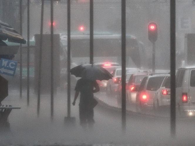 La CDMX, Chiapas, Durango, Sinaloa, Nayarit, Jalisco, Colima, Michoacán, Guerrero, Estado de México y otros estados registrarán fuertes tormentas. Foto Cuartoscuro