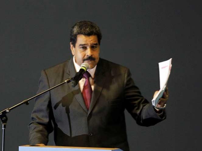 Paralizan referéndum revocatorio en Venezuela