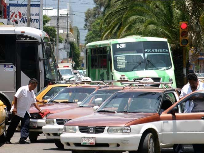 Taxistas advierten que harían paro nacional