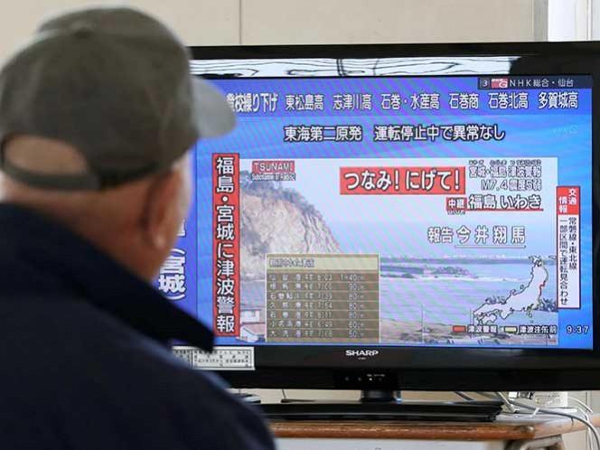 Tras sismo, evacuan costas de Japón