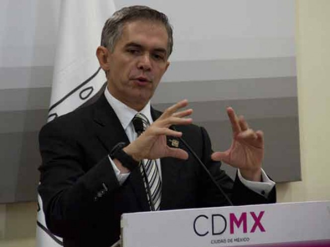Cambiar modelo de movilidad, principal reto de cumbre de alcaldes C40: Mancera