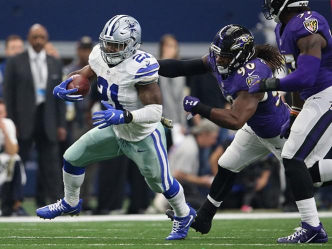 Ezekiel Elliott es el mejor en su posición de toda la NFL con mill 392 yardas y 12 touchdowns. (Reuters)