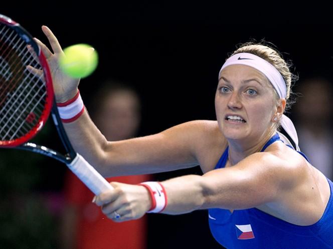Petra Kvitova sufrió daños en tendones; la operan con éxito (AP)