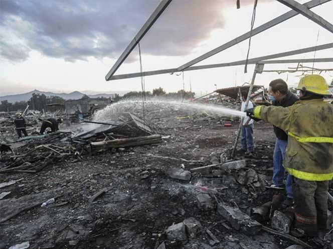 Explosión del cercado de cohetes San Pablito, en Tultepec, Estado de México, 20 de diciembre de 2016. Foto: Cuartoscuro