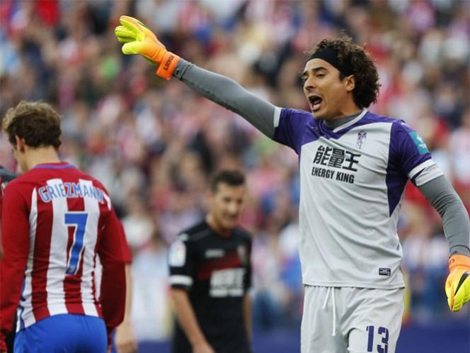 Guillermo Ochoa goza su titularidad con el Granada (Foto tomada de www.laliga.es)