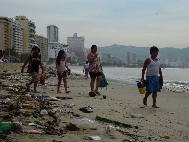 La zona Diamante fue en donde hubo más acumulación de basura durante las vacaciones decembrinas. Foto: Cuartoscuro/Archivo