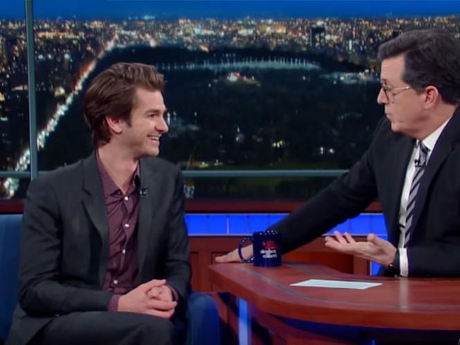 El actor acudió al show de Colbert para hablar de su última película 'Silence'.