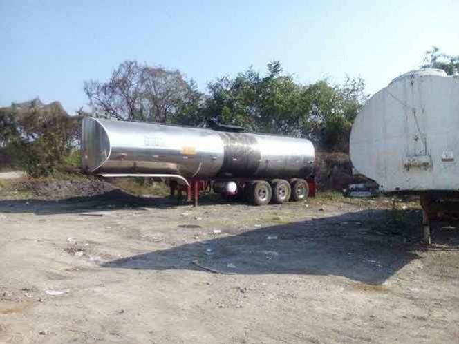 Incautan 80 mil litros de combustible en rancho de Veracruz
