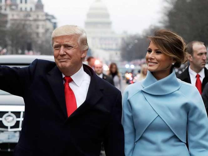 El momento incómodo en que Melania sonrío 'a fuerza' a Trump