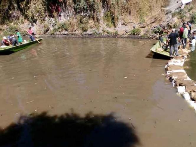 Protección Civil monitorea grieta en embarcadero de Xochimilco