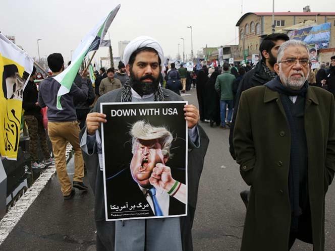 Ciudadanos marchan contra Trump y claman 'muerte' a Estados Unidos — Irán