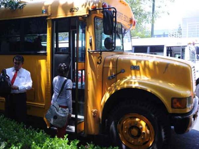 """Discriminatorio, el sistema de transporte escolar de la CDMX — SCJN"""""""