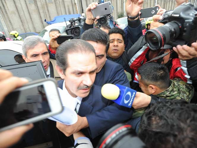 Juez concede amparo a Guillermo Padrés