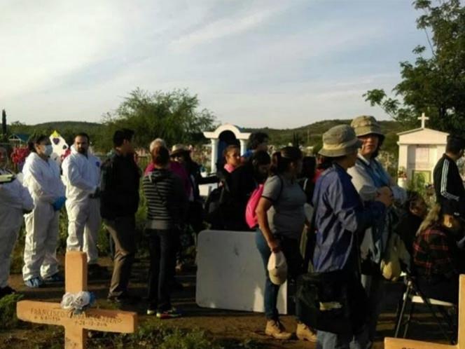 Comenzó en Coahuila la exhumación de 458 cadáveres