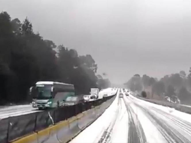Policía Federal aplica operativo por granizada en autopista México-Cuernavaca