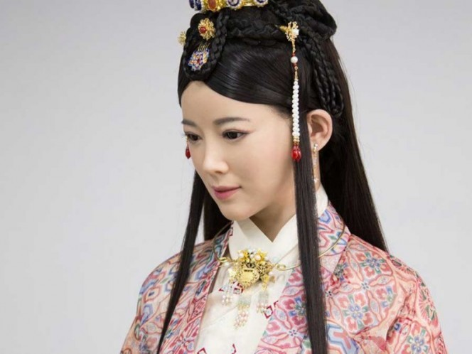 Humanoide china concede su primera entrevista